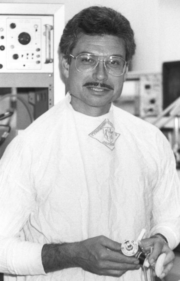 Dr. Ron Ariagno